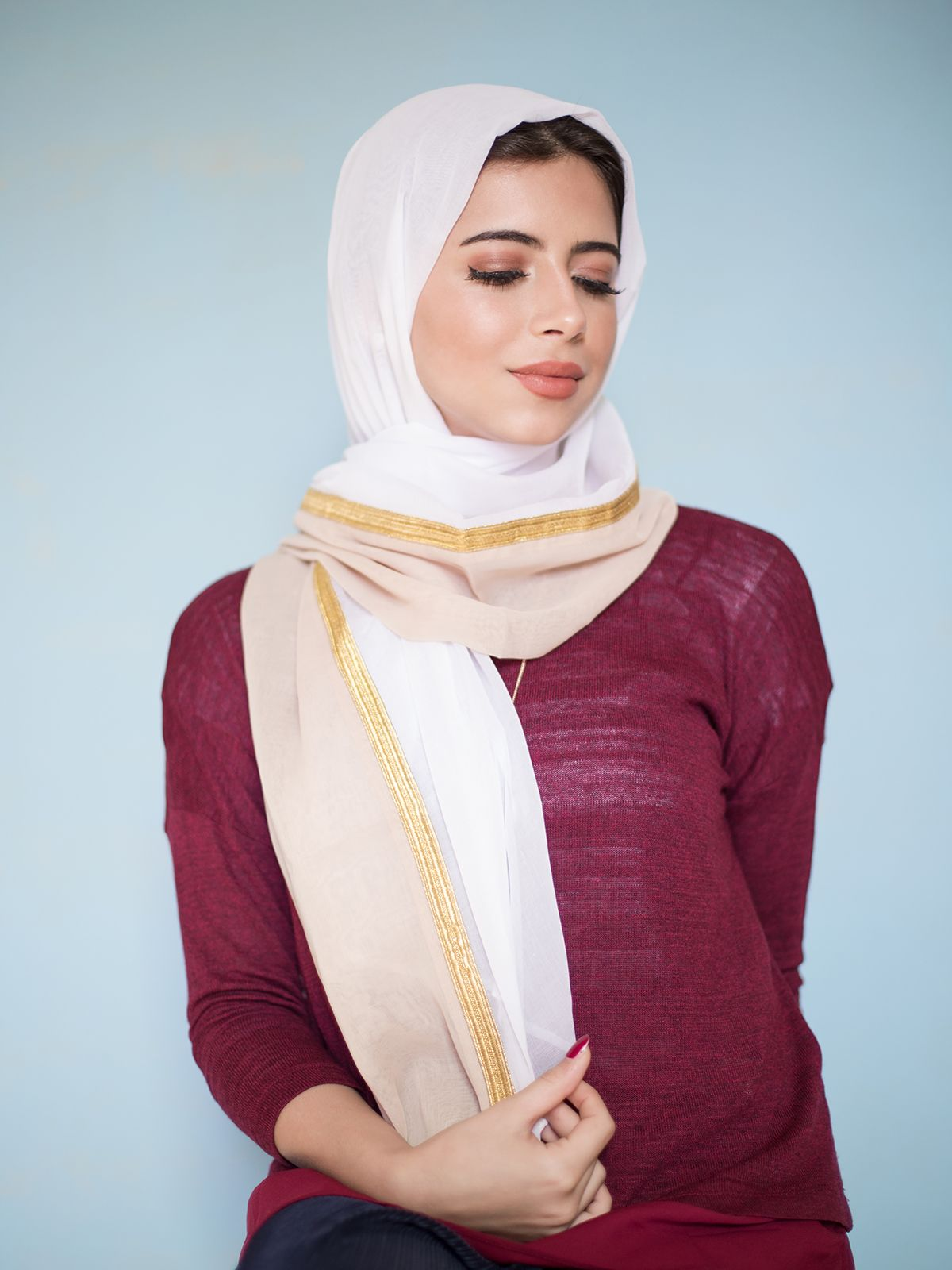 White with Meshlah and Beige Stripe